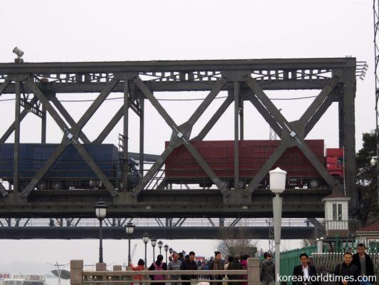 国連制裁中の北朝鮮で再び中朝交易が盛んに?