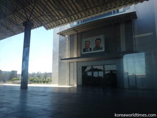 朝鮮半島と中国大陸を結ぶ国境都市として鉄道とともに発展した新義州