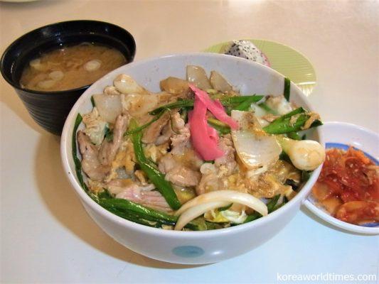 タイのテレビ番組の影響で和食に興味を持つラオス人が増える