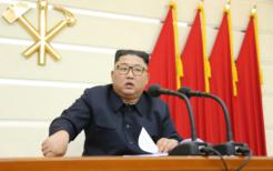 党政治局拡大会議に出席した金正恩委員長