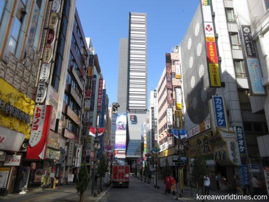 緊急事態宣言で歌舞伎町の風俗店が臨時休業に
