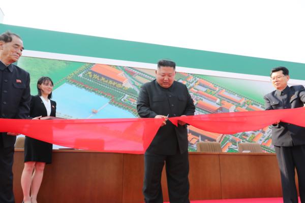 2020年初視察した肝いりの肥料工場が竣工