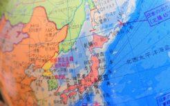 地球儀上の日本・韓国・北朝鮮