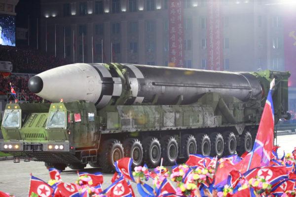 新型ICBMは多弾頭化した可能性があるが性能はいまだ不明