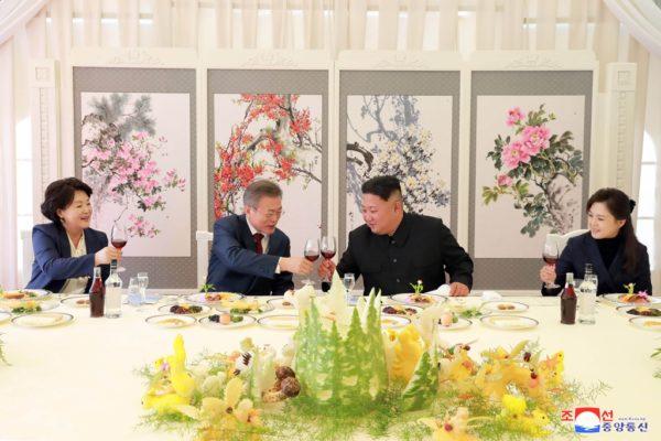 南北統一を目指すと表明した韓国文大統領