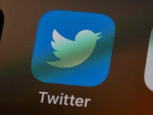 北朝鮮人が個人名でツイッターを始める