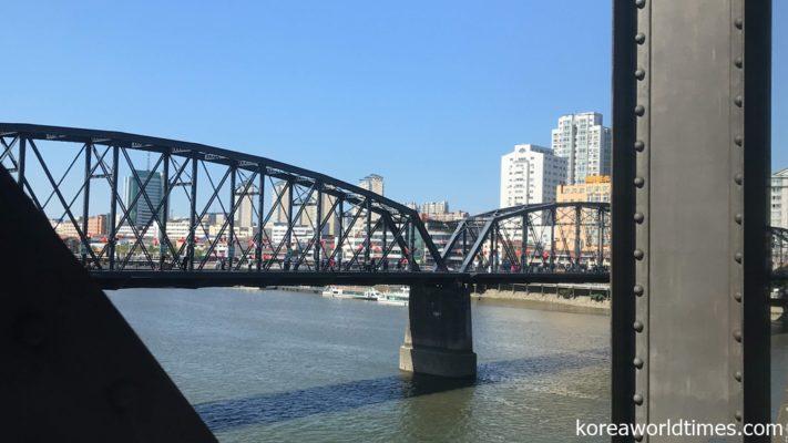 河口断橋周辺のホテルのほうが北朝鮮に近い