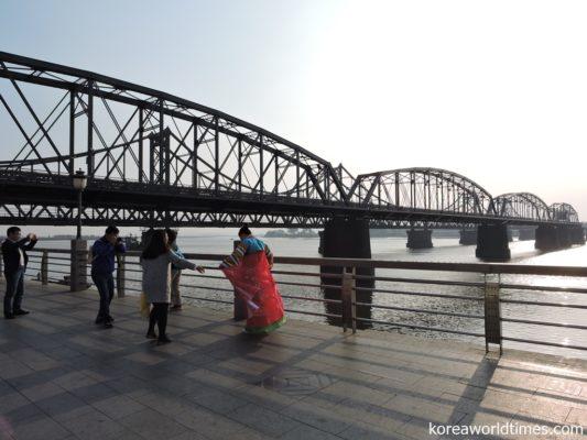 北朝鮮を望める観光地に賑わい戻るも