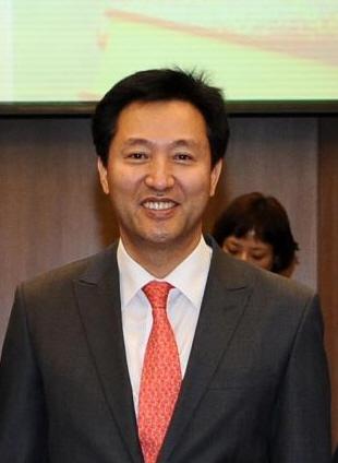 変更を示唆する呉世勲氏。SNSで投票を呼びかける与党