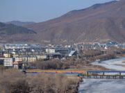 中国延辺が北朝鮮人女性2万人雇用で中朝合意 工場労働人材の確保か