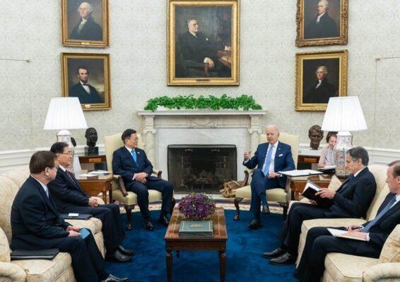 米韓首脳会談で北朝鮮や中国などを協議