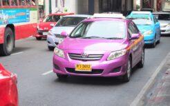 観光客には身近なタクシーにはいろいろと言いたいことがありそうだ