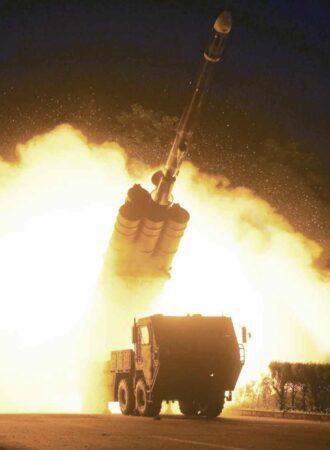 北朝鮮が相次いでミサイル発射実験を実施