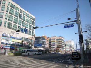 「りしょうばん」や「きんにっせい」とかつては日本語読みしていた韓国・北朝鮮人名