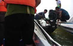 北朝鮮の偽装漁民による水上土産物店