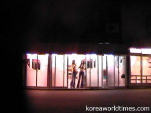 消えていく置屋街。日本の廃娼運動のよう