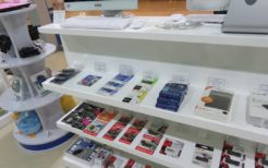 平壌のデジタル家電販売店