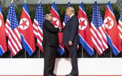 280px-Kim_and_Trump_shaking_hands_at_the_red_carpet_during_the_DPRK–USA_Singapore_Summit